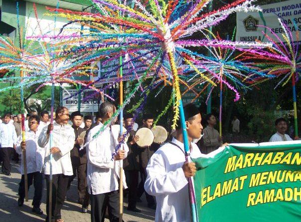 "Surat Edaran "" Tarhib Ramadhan 1424 H"""